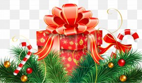 Christmas Decoration With Candy Canes And Red Gift Clipart Image - Candy Cane Christmas Decoration Christmas Ornament Christmas Card PNG