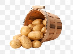 A Bucket Of Potatoes - Yukon Gold Potato French Fries Cooking Food In A Basket PNG