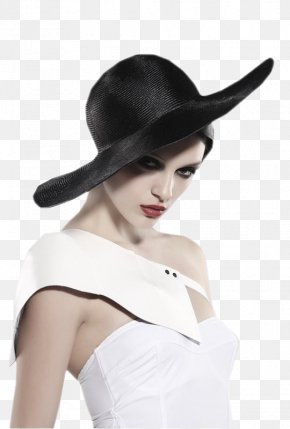 Lovely - Woman With A Hat Black And White Clip Art PNG