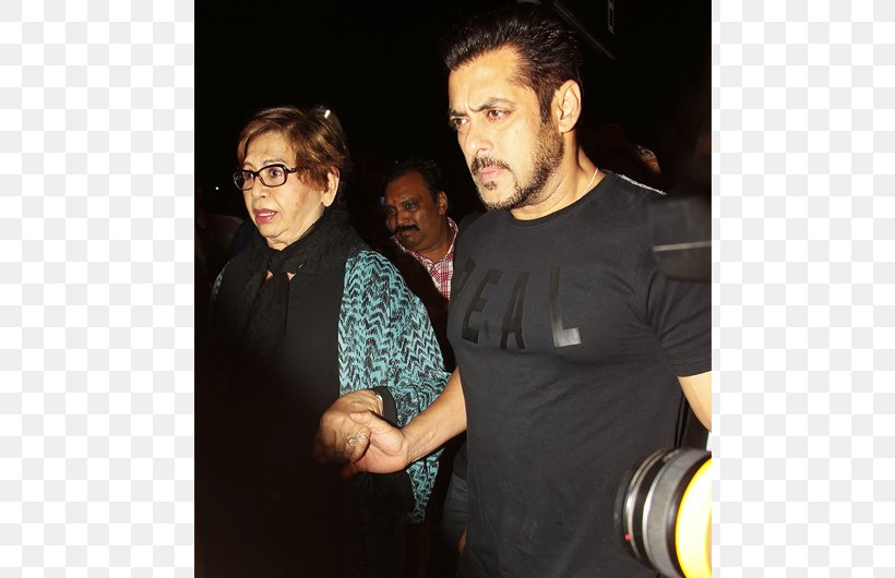 New York City Salman Khan 18th IIFA Awards International Indian Film Academy Awards Bollywood, PNG, 750x530px, New York City, Actor, Alia Bhatt, Bollywood, Event Download Free