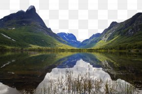 Wilderness Lake - Highland Body Of Water Natural Landscape Mountainous Landforms Nature PNG