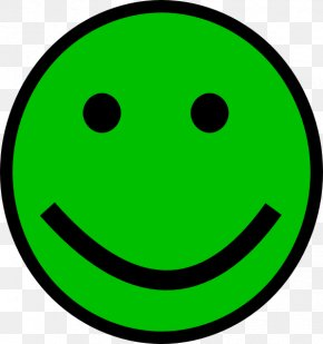 Smiley Face Cliparts - Smiley T-shirt Face New Beat PNG