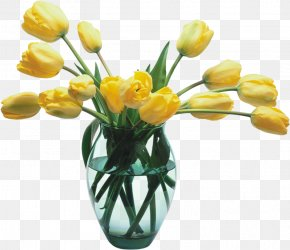 Glass Vase With Yellow Tulips - Flower Tulip Clip Art PNG