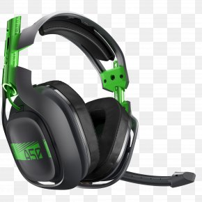 With A Headset - PlayStation 4 Xbox 360 Wireless Headset PlayStation 3 Black ASTRO Gaming A50 PNG