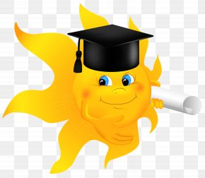 Sun With Diploma Clipart Image - Diploma Graduation Ceremony Clip Art PNG