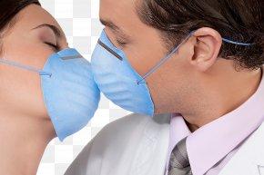 People Who Wear Masks Kiss - Kiss Respirator PNG