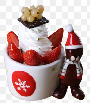 Lovely Strawberry Dessert - Strawberry Ice Cream Sundae Frozen Yogurt Parfait PNG