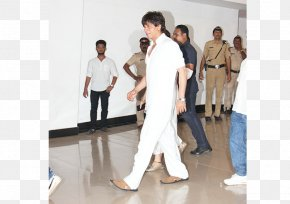Shahrukh Khan - Actor Shoulder Service Uniform Prayer PNG