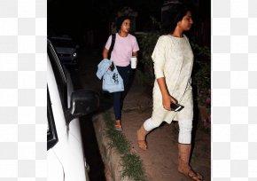 Aamir Khan - Shoe Shoulder Jeans Outerwear Fashion PNG