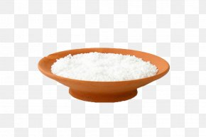 The Edible Salt In A Wooden Dish - Fleur De Sel Salt Dish Food PNG