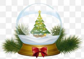 Christmas Tree Snowglobe Clipart Image - Christmas Tree Magic Crystal Ball PNG