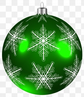 Beautiful Green Christmas Ball Clip-Art Image - Christmas Ornament Clip Art PNG