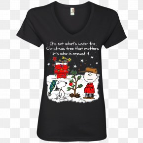 T-shirt - T-shirt Hoodie Neckline Gildan Activewear PNG
