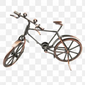 Parked Bicycles - Bicycle Metal Cycling Motorcycle Cycle Rickshaw PNG